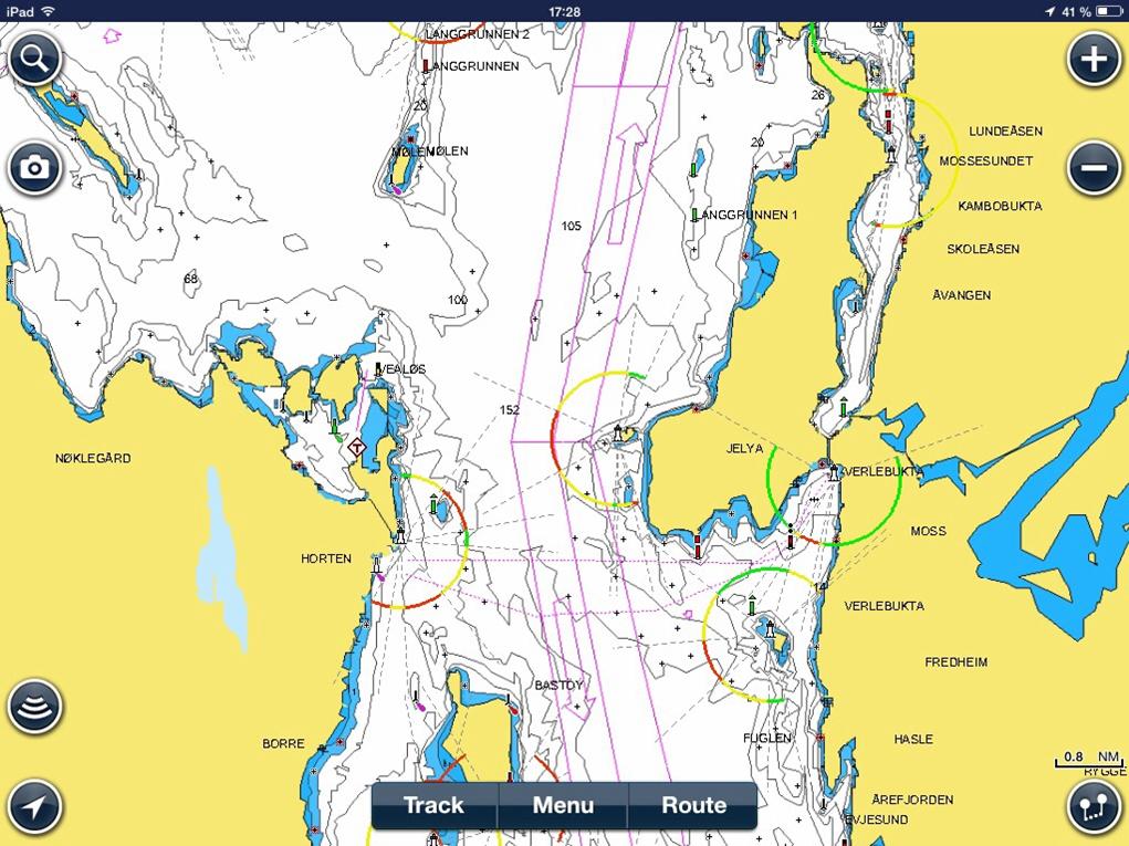 Hva er hovedregelen for trafikkseparasjonssystemer i forhold til småbåter? Som vist med lilla markering på kartutsnittet.